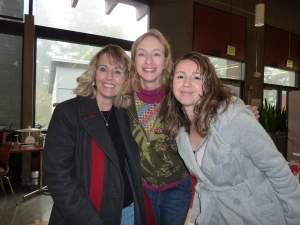 Collette Cameron, Jessa, and Delilah - one of several poses that day. :-)